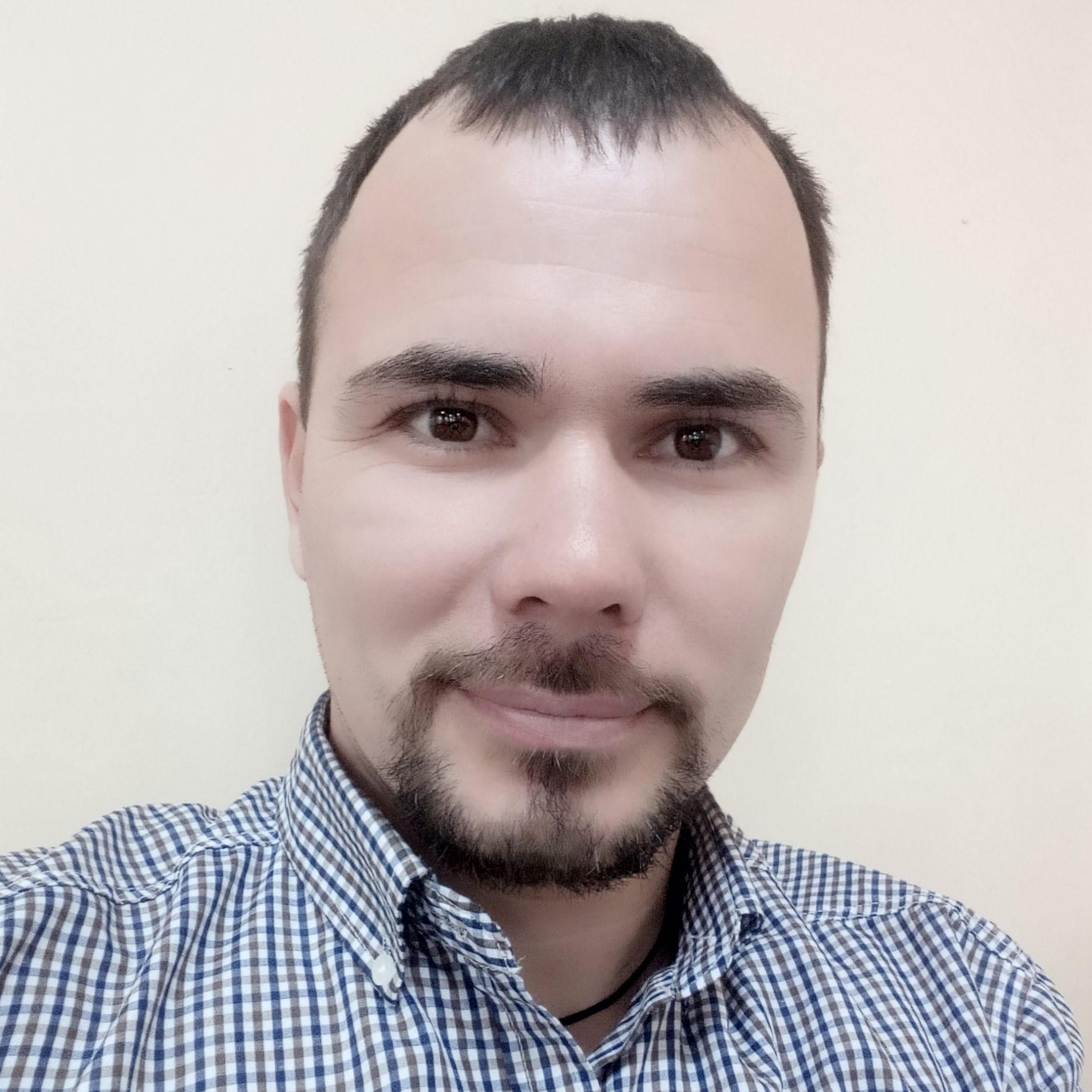 Руслан Кодиров