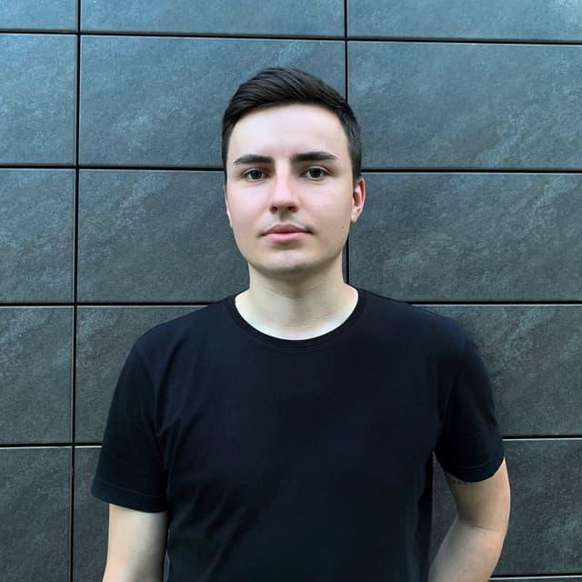 Олег Коменчук